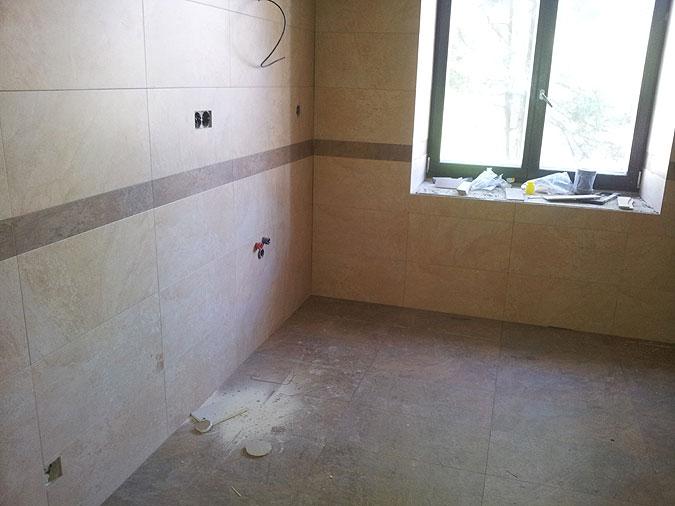 Pohed na koupelnu během realizace ...