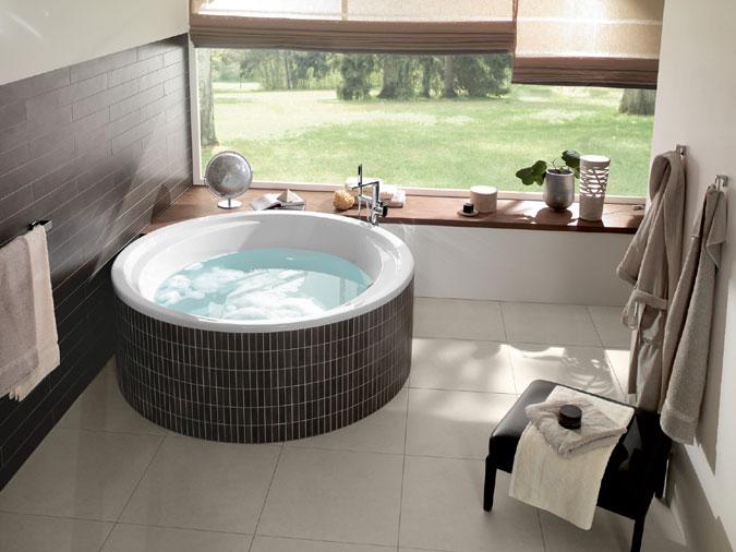 Čisté linie a jemné tvary jsou v koupelnách a wellness velmi vyhledávané