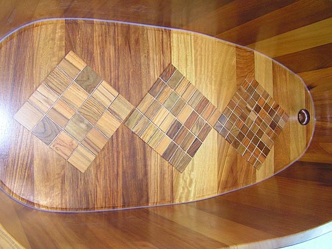Luxusní zdobná dřevěná vana