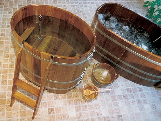 Vany i umybadla ze dřeva potřebují odpovídající péči