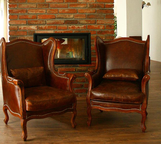 Jde o kontrast moderního bydlení na míru a stylového nábytku? Nebo se obojí skvěle doplňuje?