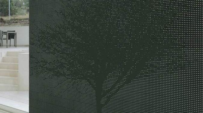 LiCrete® oživuje jinak monoliticky působíví beton.