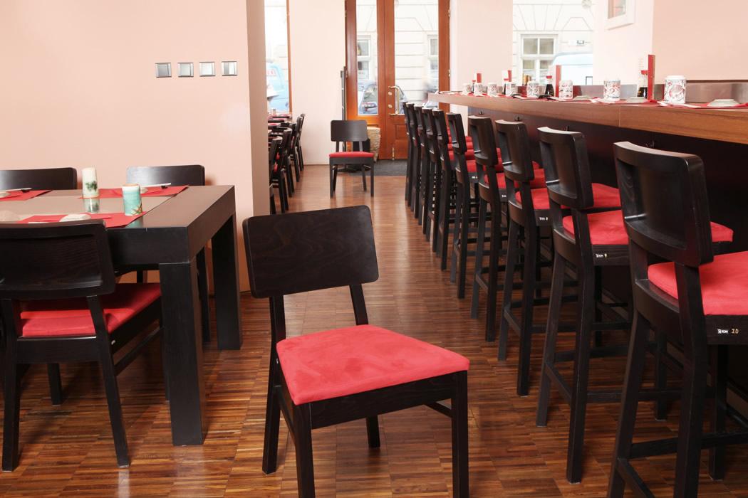 Čalouněné židle Cordoba a barové židle Cordoba