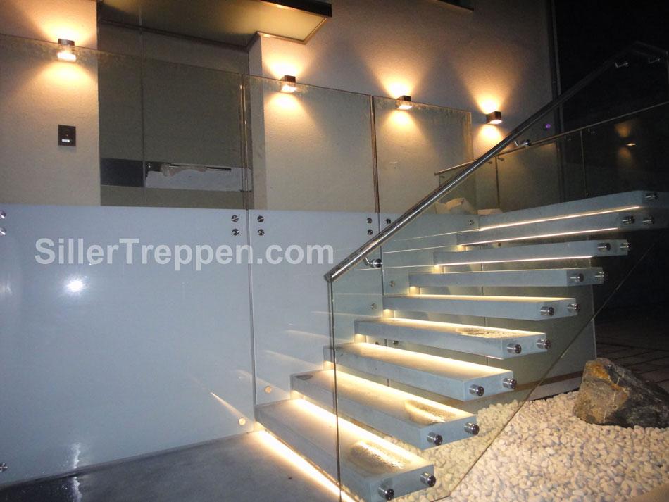 betnové konzolové schody pro exteriér