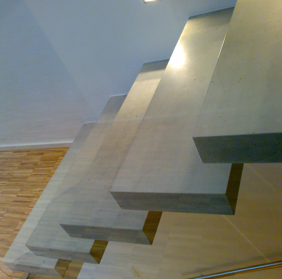 betonove konzolove schodiste