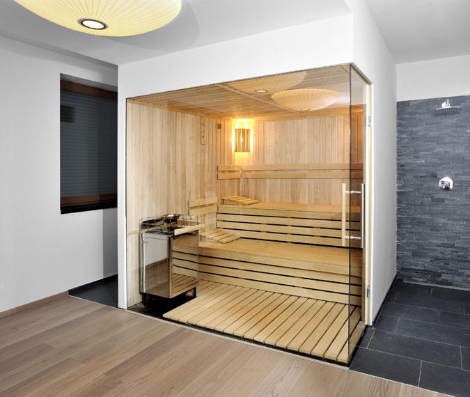 Biosauna se vyhřívá na teplotu jen okolo 60°C a relativní vlhkost vzduvhu uvnitř sauny je 30 - 60%.