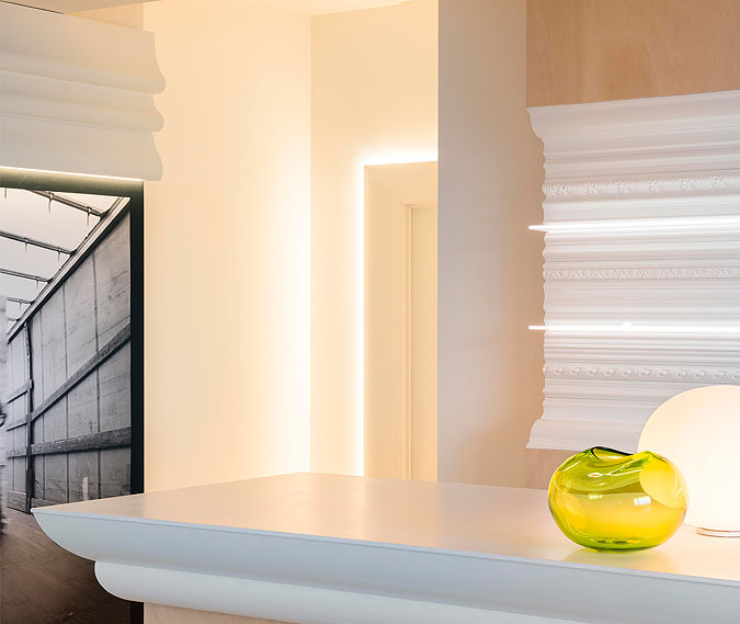 S dekoracemi Orac lze vytvářet systémy osvětlení, portály dveří, rozpohybovat nudné stěny.