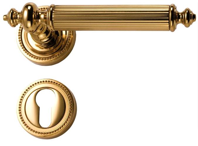 Dveřní kliky, které nabízíme našim klientům jsou pozlacené 24 karátovým zlatem.