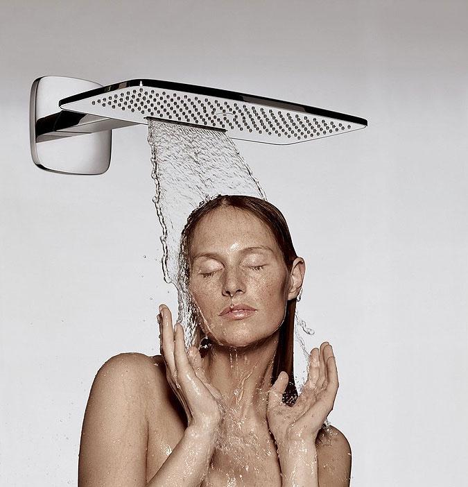 proudová sprcha