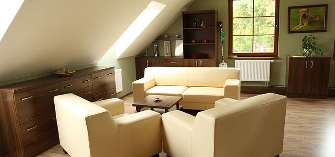 Kancelářské prostory v podkrovních prostorách.