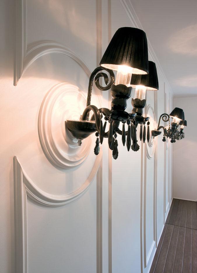 Interiérové lišty lze tvarovat a přizpůsobit každé situaci.