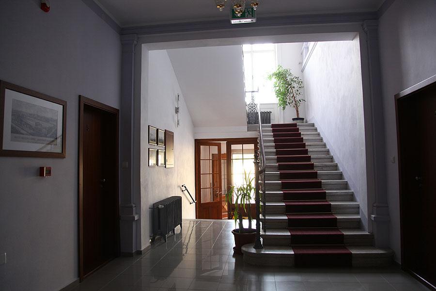 Rekonstrukce rezidencí a realizace luxusních interiérů je naše doména.