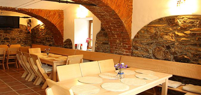 Rekonstrukce prostoru restaurace.