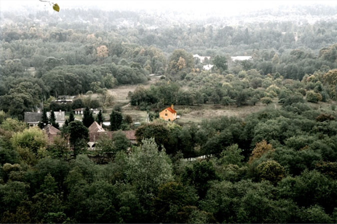 Oblast, kde se dům nachází, je dnes součástí regionálního parku.