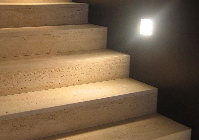 travertinové schody