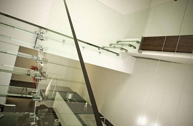 Nosná struktura schodiště musí být tak dobře skryta, nebo zcela splynout s designem.