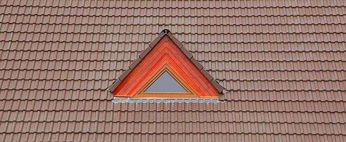 Detail střechy penzionu.